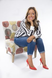AmberMac_chair5-381